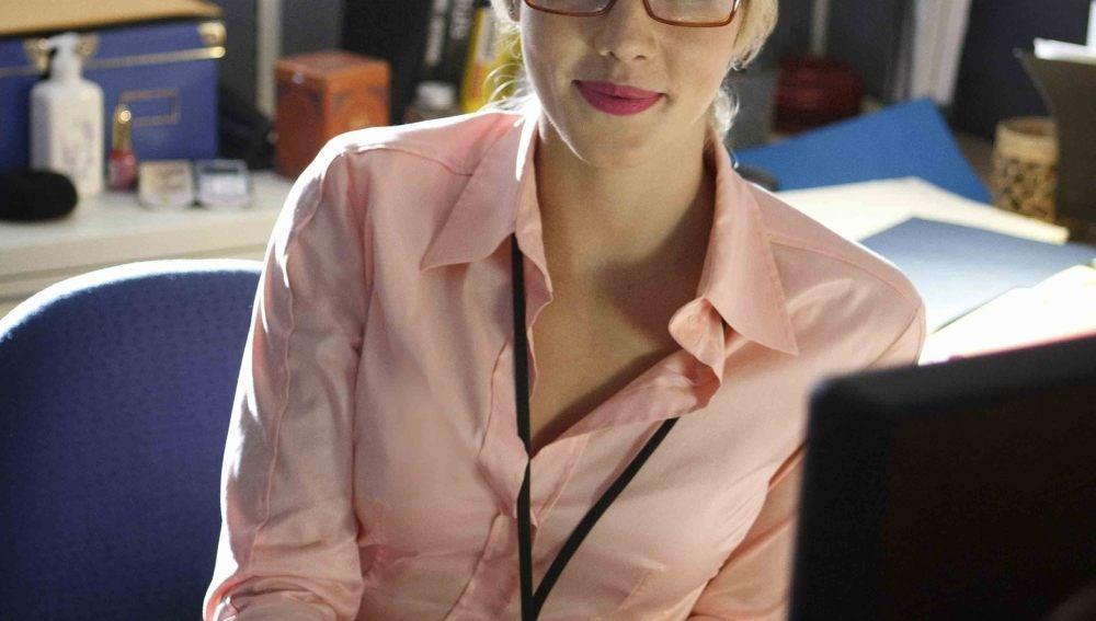 Emily Bett es Felicity Smoak