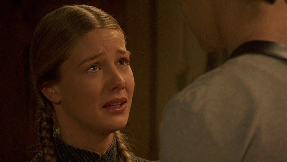 Rita pide a Isidro que se marche