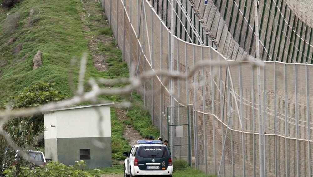 Doble valla en la frontera de Melilla