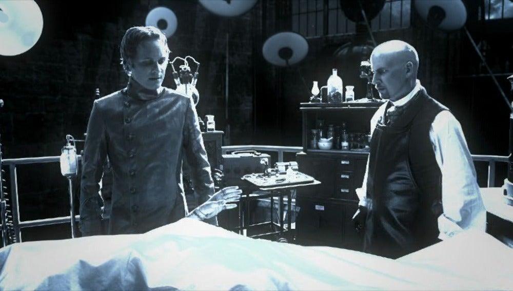 El Dr. Frankenstein logra crear vida