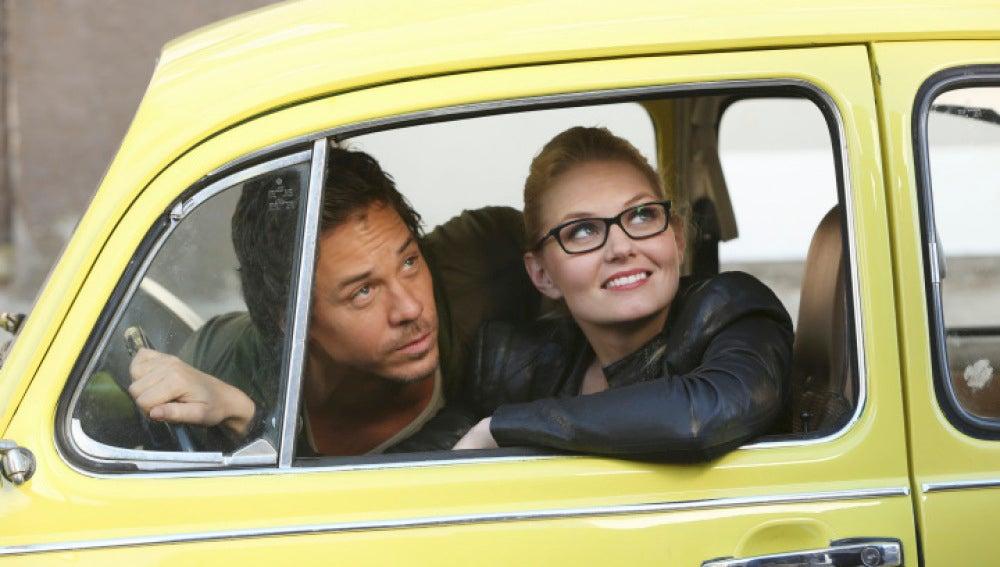 Emma Swan en un taxi