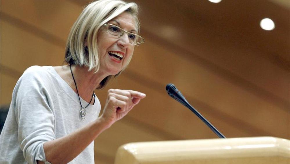 Rosa Díez se dirige a los diputados en el Senado