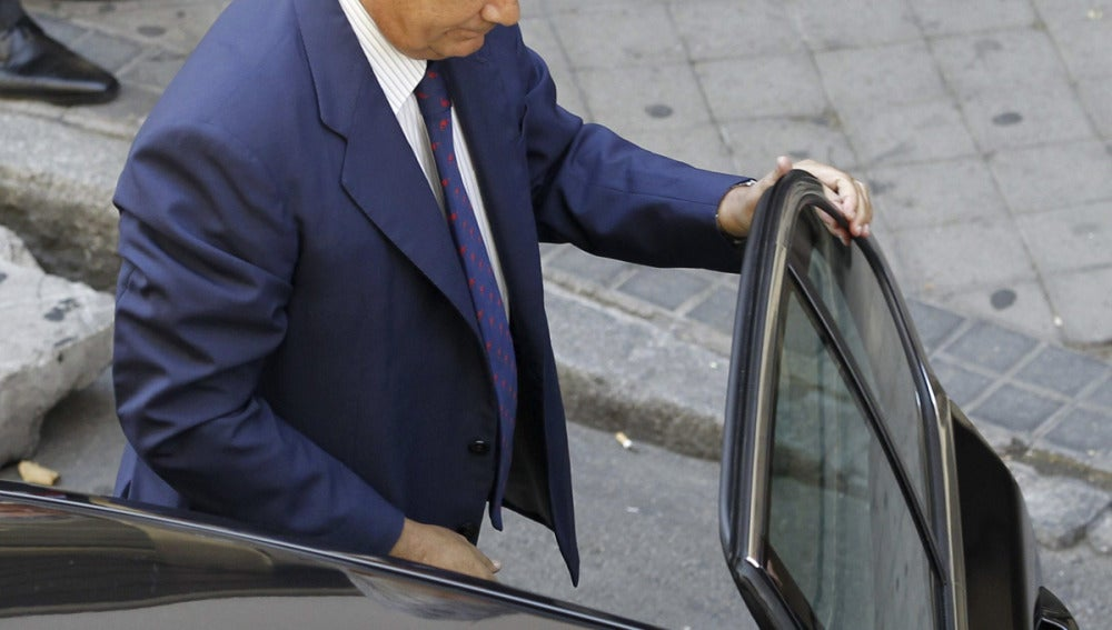 Arenas llega en coche a la Audiencia Nacional