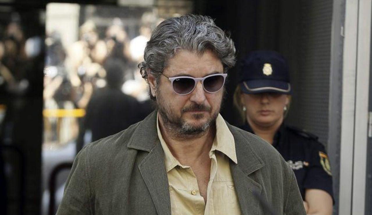 Cristóbal Páez a la salida de la Audiencia