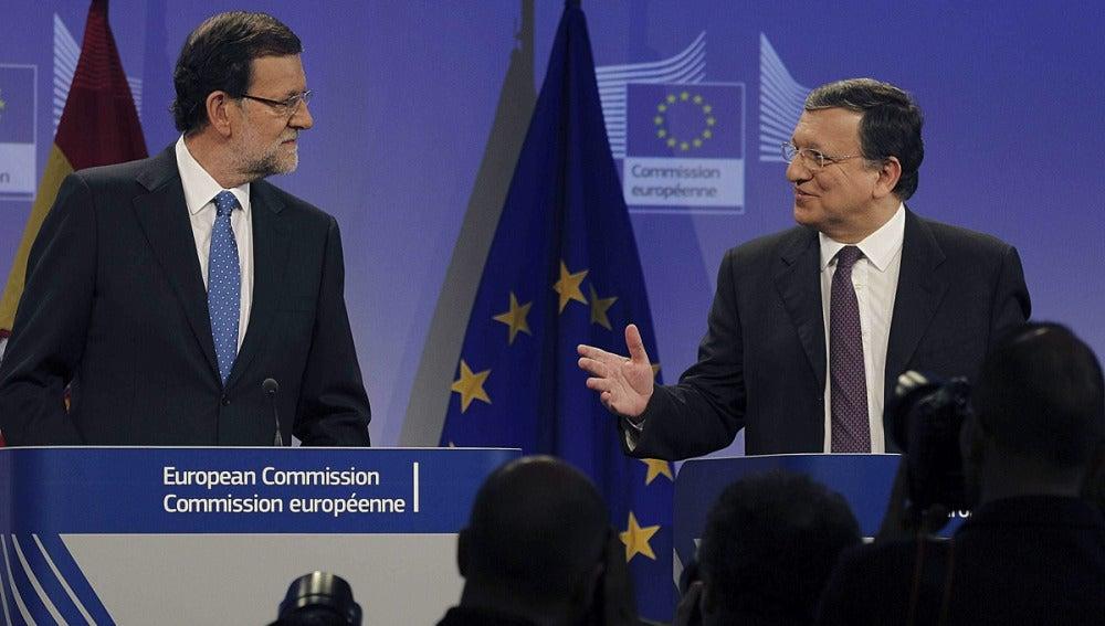 Rajoy y Durao Barroso en una comparecencia conjunto