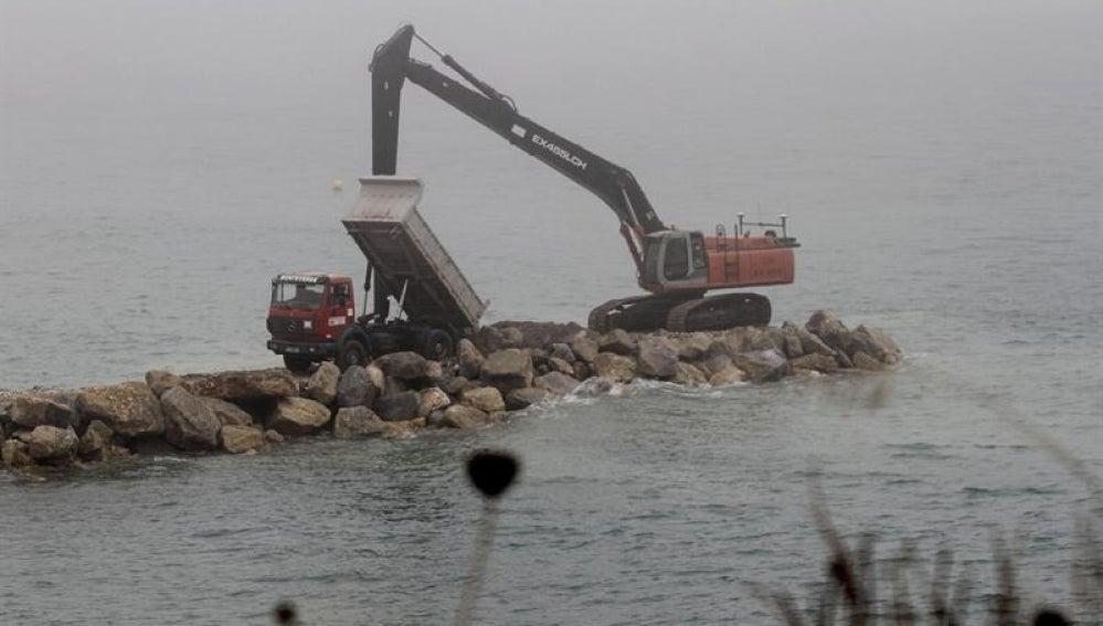 La CE investiga los bloques lanzados a Gibraltar