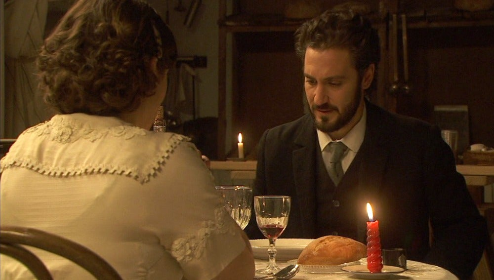 Candela pide matrimonio a Tristán