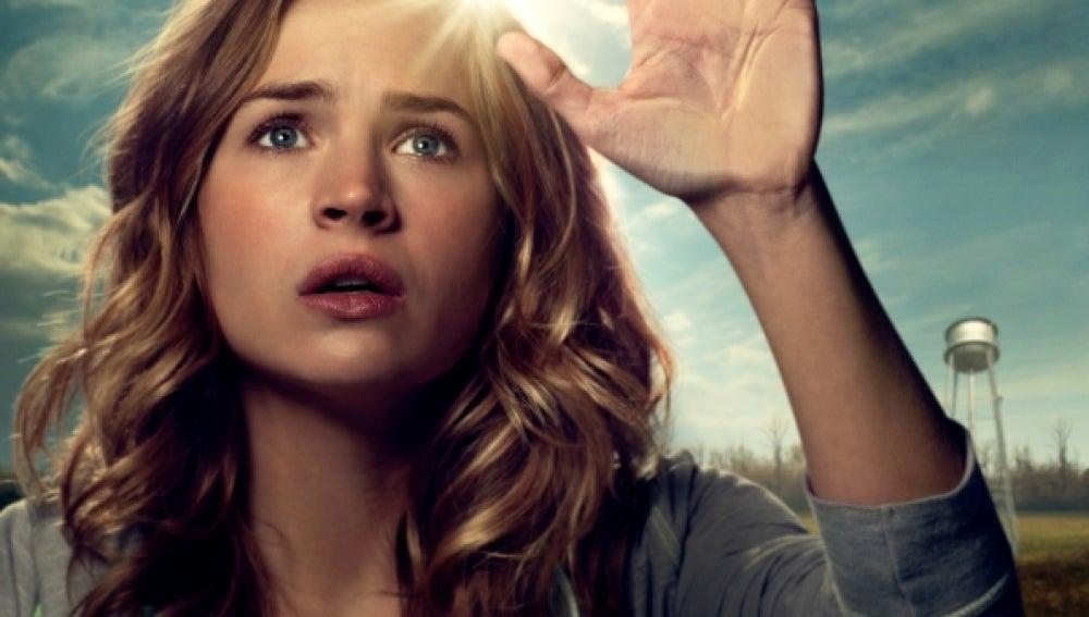 Angie (Britt Robertson)