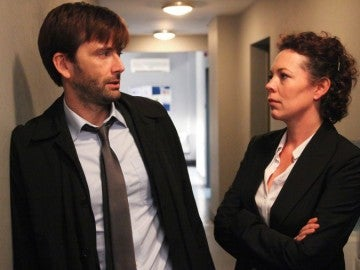 David Tennant y Olivia Colman en 'Broadchurch'