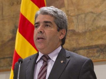 Francesc Homs, durante la presentación hoy en el Palau de la Generalitat del Pacto Nacional por el Derecho a Decidir