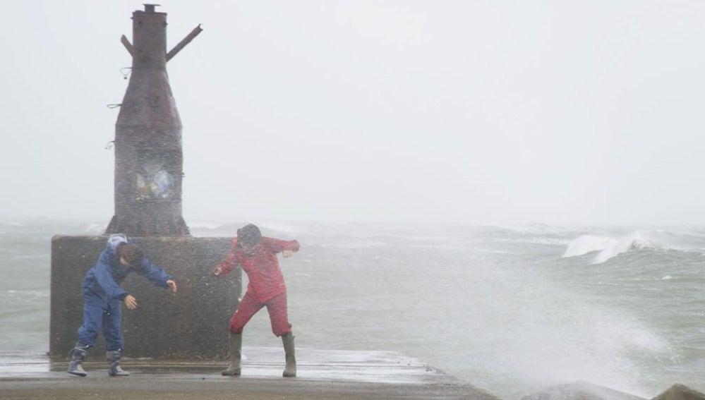 Tifón Man-yi en Japón