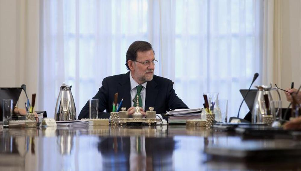 Rajoy en en una visita institucional
