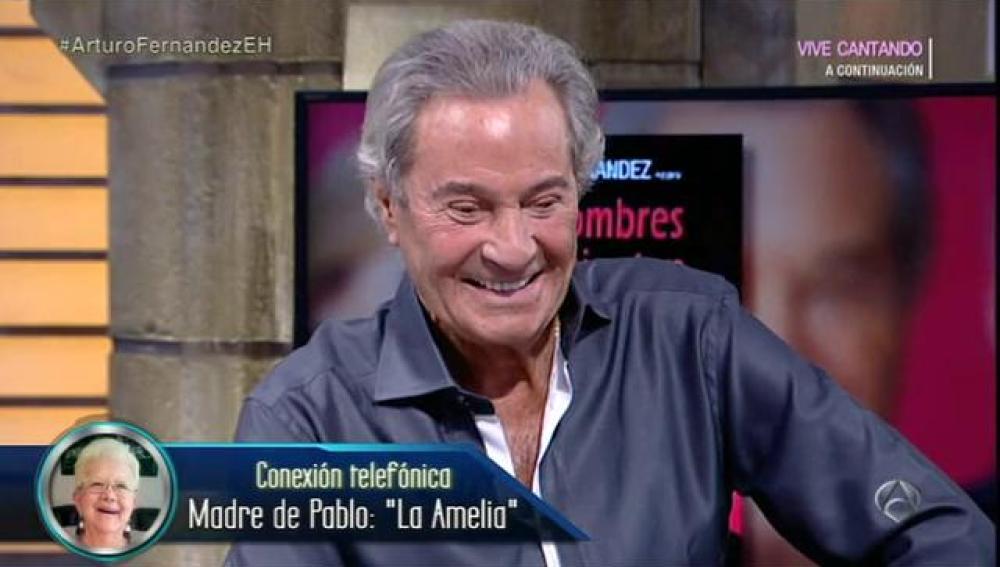 La Amelia habla con Arturo Fernández