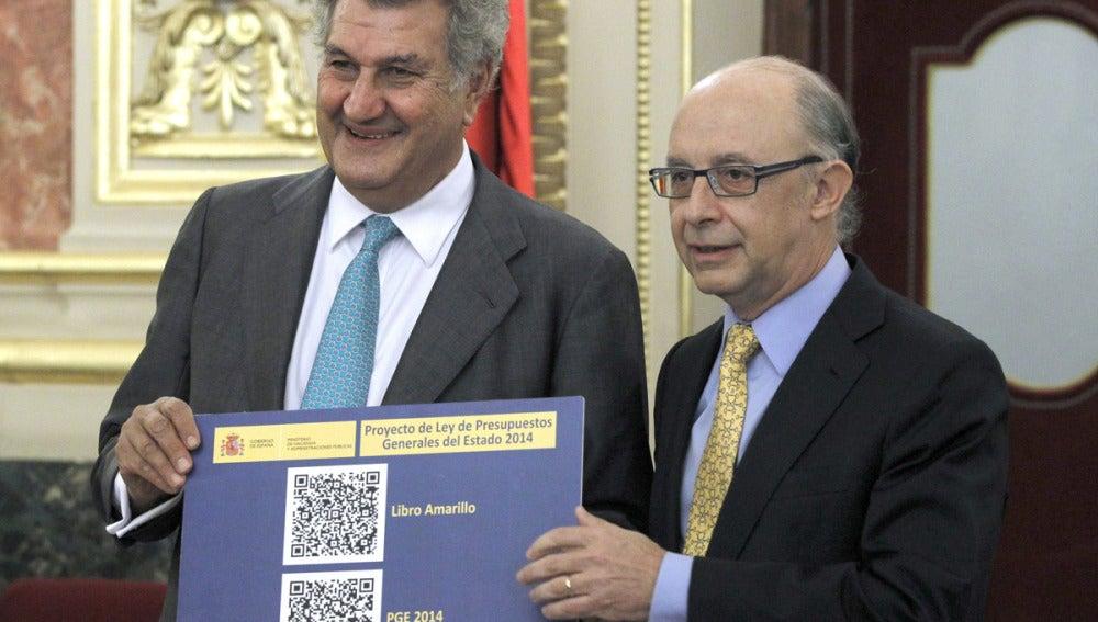 Cristóbal Montoro con los PGE 2014