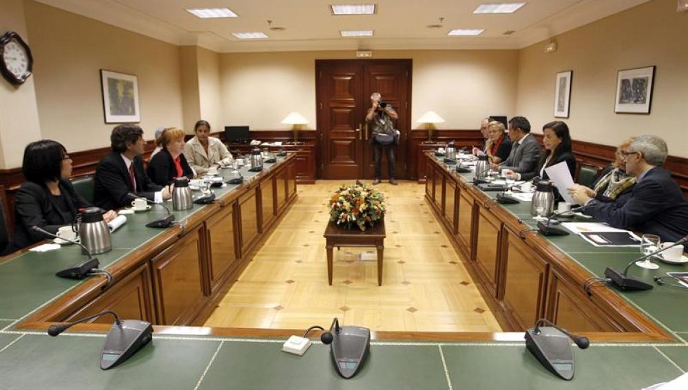 reunión de la Mesa y Portavoces de la Comisión de Interior con un grupo de trabajo de la ONU para tratar las Desapariciones Forzadas o Involuntarias durante el Franquismo