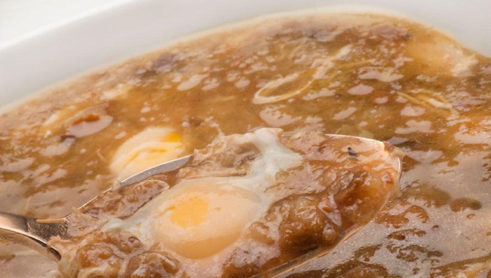 Sopa de pollo y tomillo