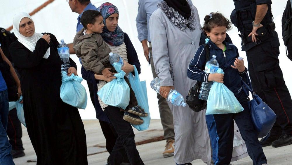 Inmigrantes llegados a Lampedusa