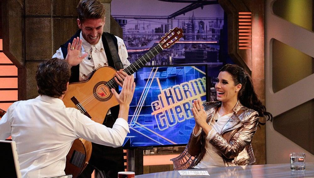 Sergio Ramos sorprende a Pilar Rubio en El Hormiguero 3.0