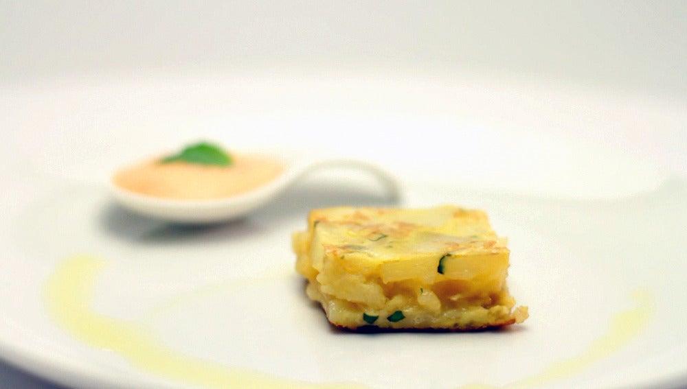 Tortilla con albahaca