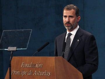 El Príncipe de Asturias realiza su discurso en el teatro Campoamor