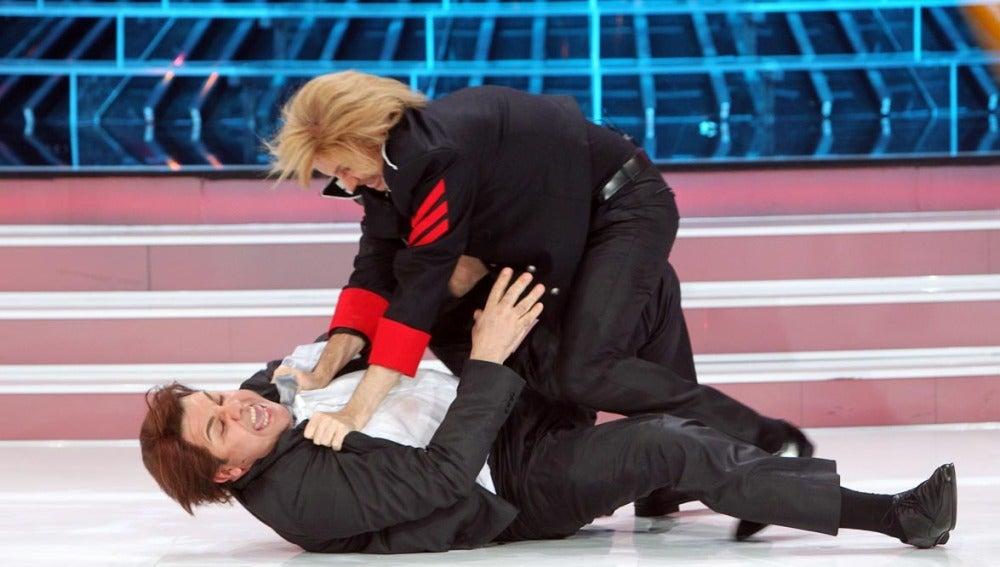 La pelea de Santiago Segura y Flo