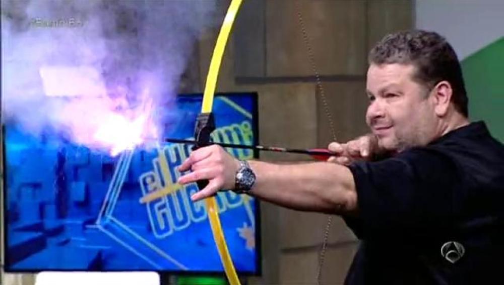 Alberto Chicote, el arquero de fuego