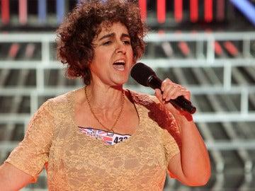 Llum Barrera imita Susan Boyle en Tu cara me suena