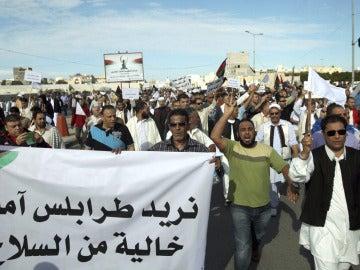Manifestantes en Trípoli