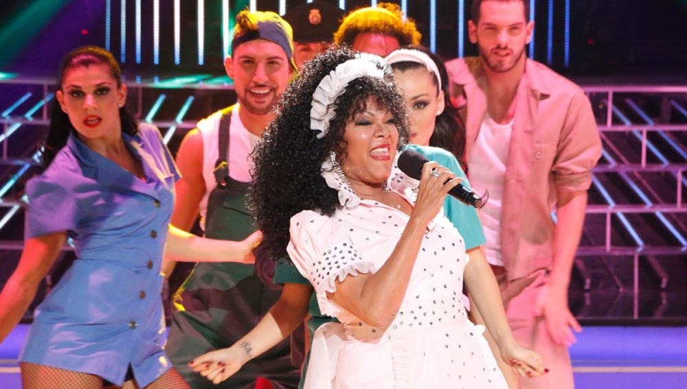 Ángela Carrasco imita a Donna Summer en Tu cara me suena