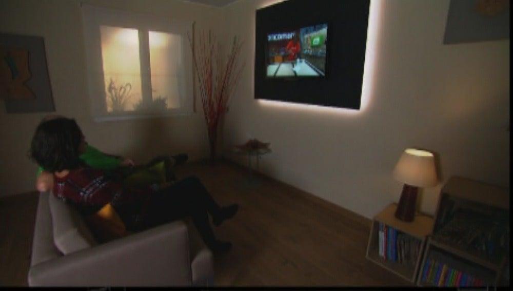Realizamos un panel retro-iluminado para la televisión