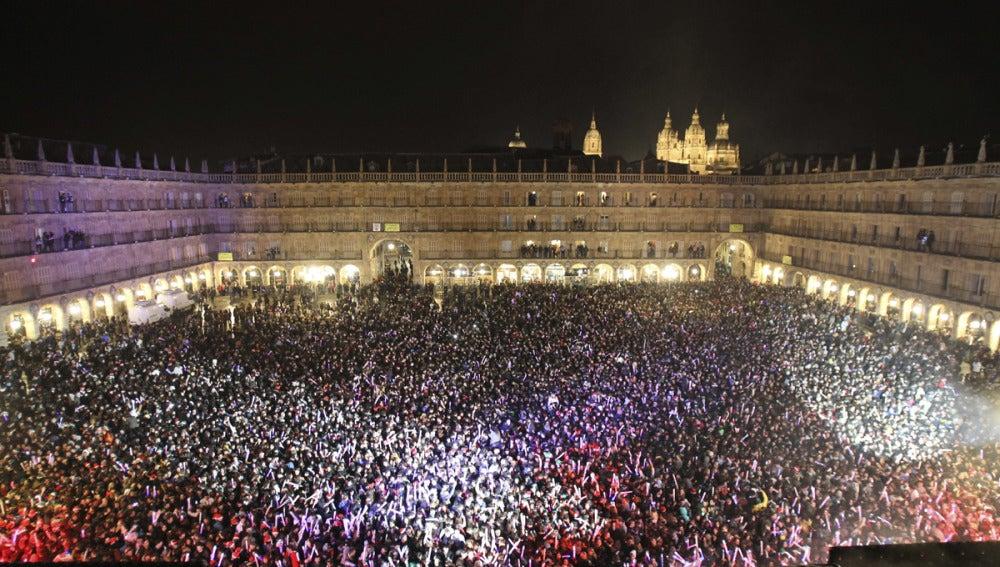 45.000 personas celebran la Nochevieja