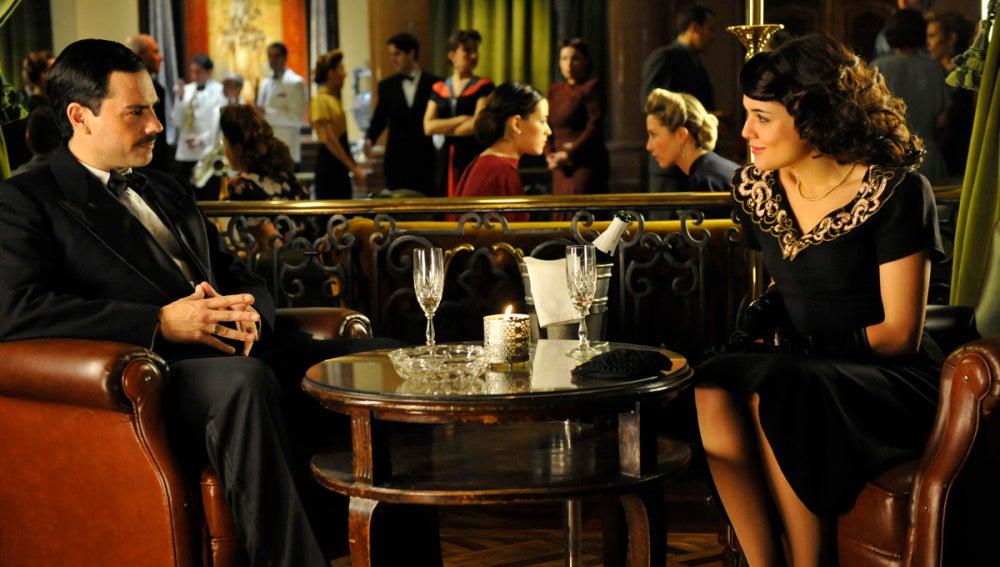 Sira y Manuel Da SIlva en una fiesta