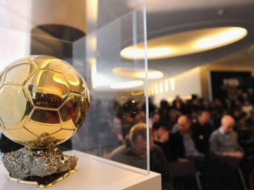 El Balón de Oro, en una rueda de prensa de la FIFA