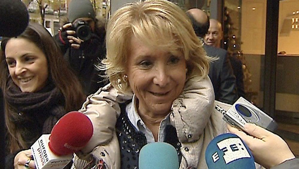 Esperanza Aguirre a su llegada al despacho