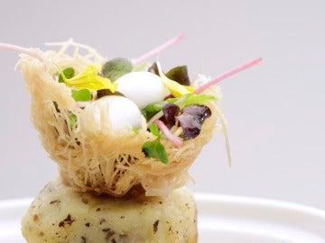 Árbol de patata relleno de morcilla de Burgos