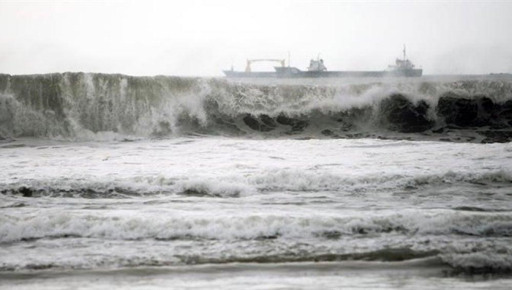 El romper de las olas (21-12-2013)