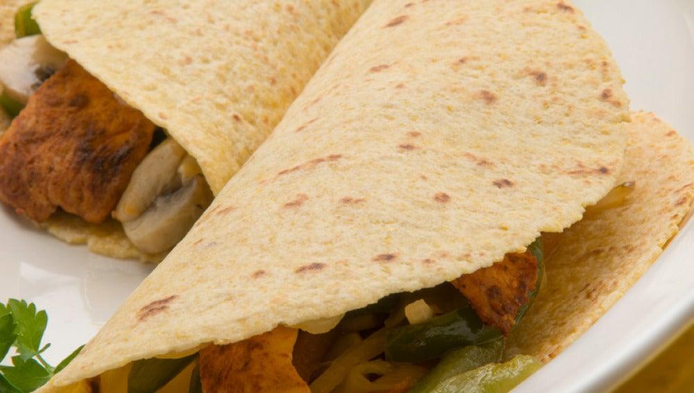 Tacos de pollo y verduras