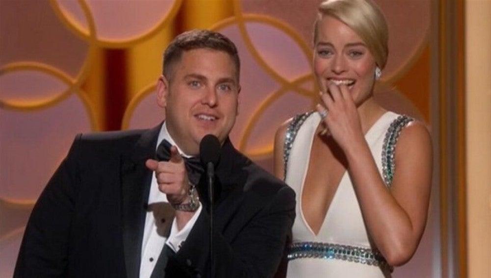 Jonah Hill y Margot Robbie se quedan sin teleprompter