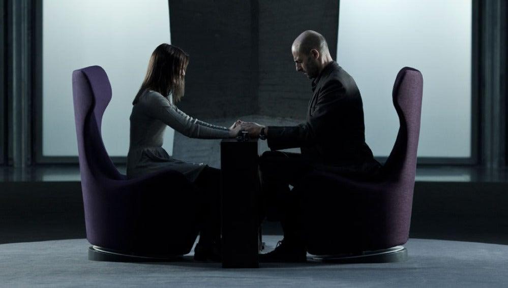 Mark Strong y Taissa Farmiga en 'Mindscape'