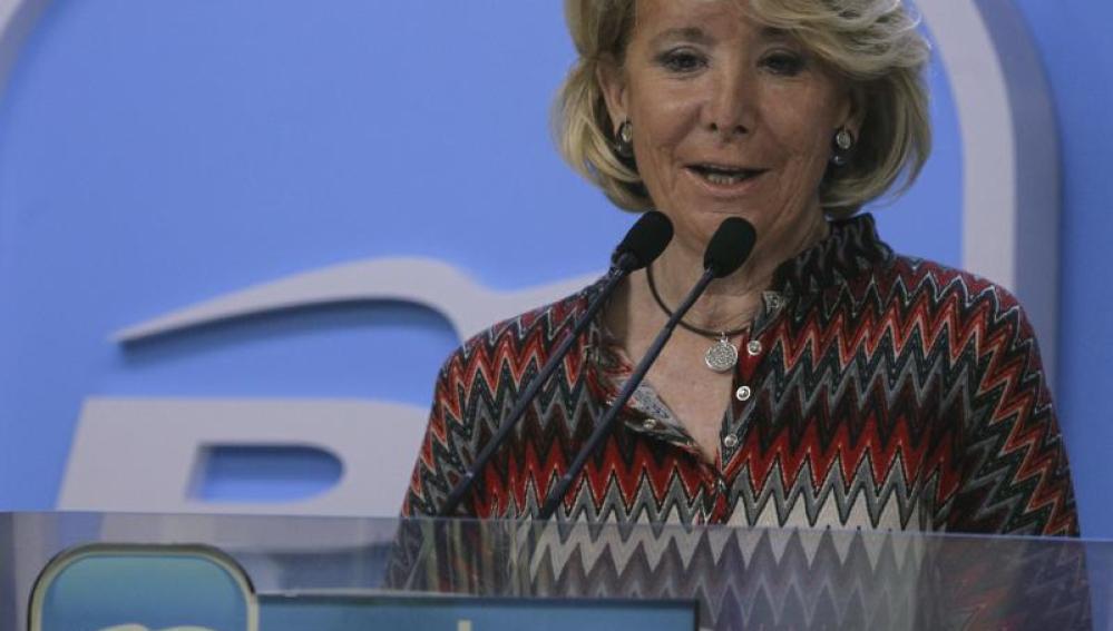 Esperanza Aguirre en la sede del PP
