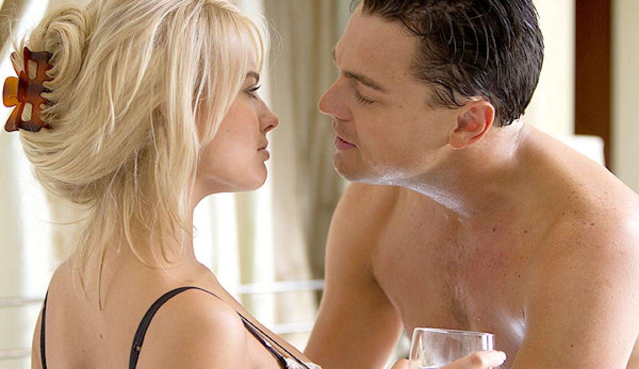 Margot Robbie y Leonardo DiCaprio en 'El Lobo de Wall Street'