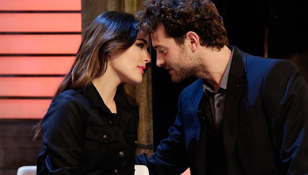 Adriana y Peter repiten el mítico beso