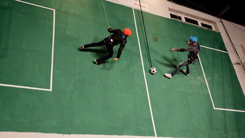 Fútbol vertical en El Hormiguero 3.0