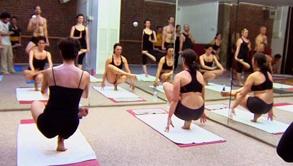 Práctica de Yoga a 40 grados
