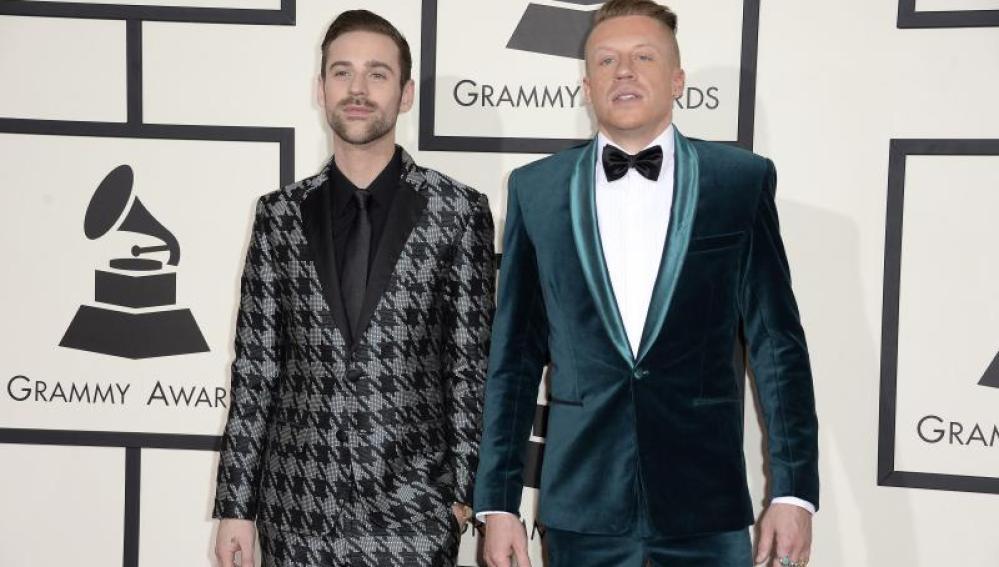 El grupo de música electrónica Daft Punk y el dúo de rap Macklemore & Ryan Lewis