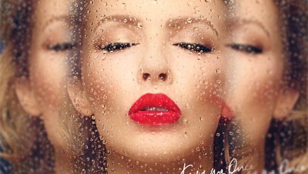 Nuevo disco de Kilye Minogue, 'Kiss me once'.
