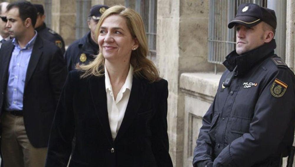 La infanta Cristina llega al juzgado de Palma tras ser imputada