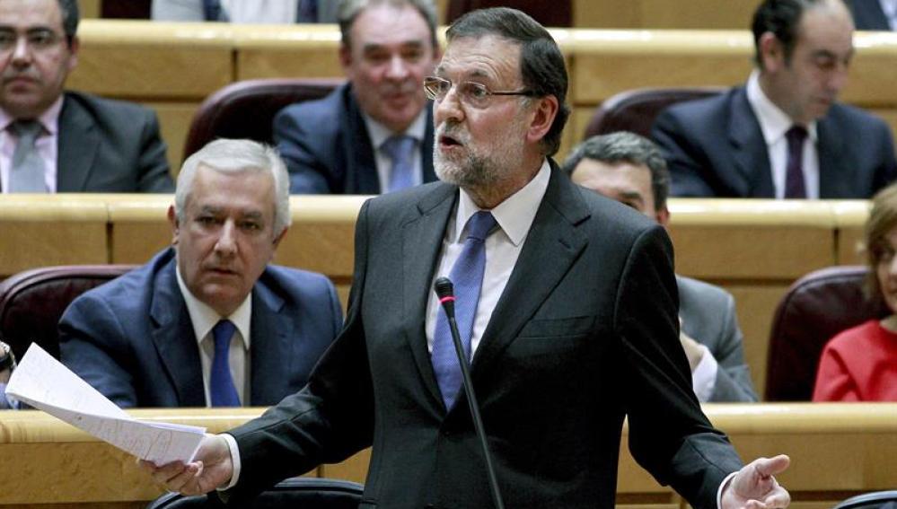 El presidente del Gobierno, Mariano Rajoy, durante su intervención en el Senado