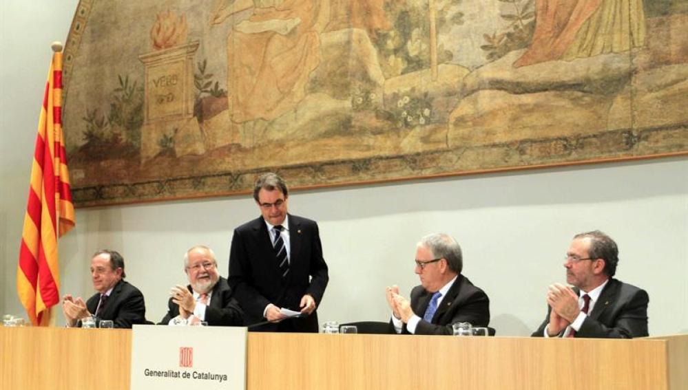 Artur Mas, tras finalizar su intervención en el acto de presentación de la Hacienda catalana