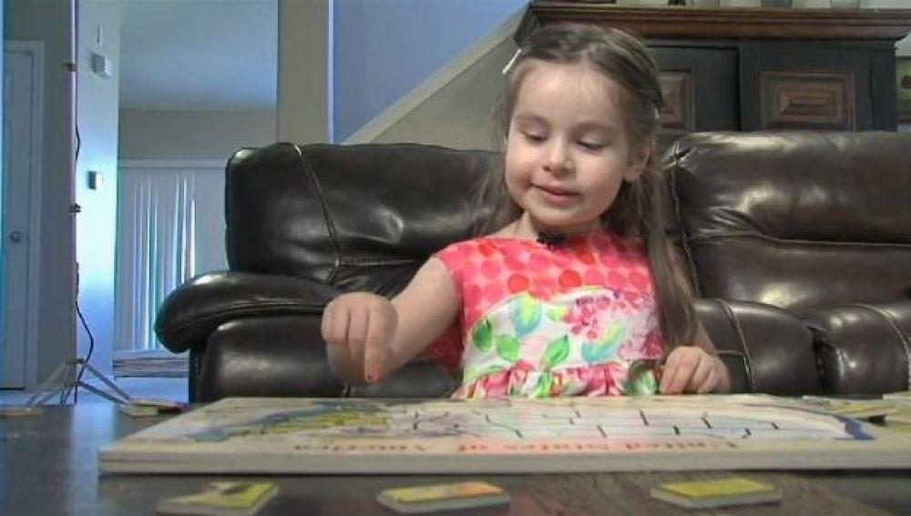 Una niña de Arizona aprende a hablar español gracias al iPad de sus padres